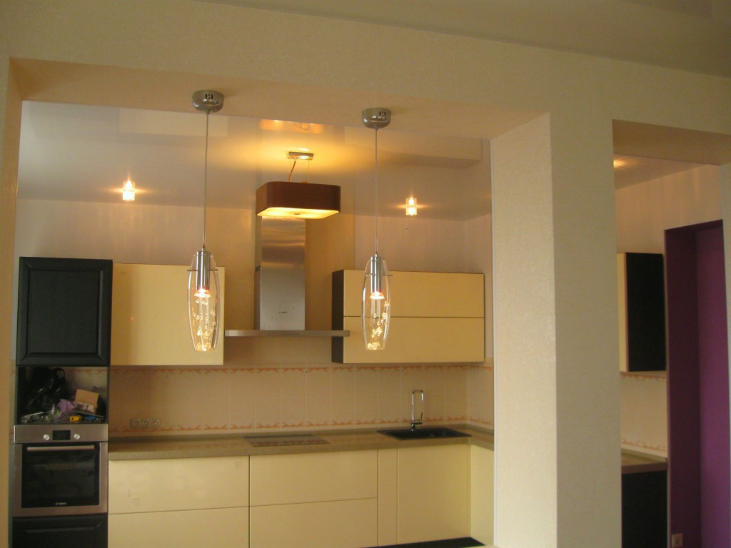 Кухонный гарнитур - фото