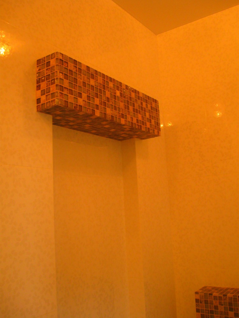 Декоративный элемент в ванной комнате