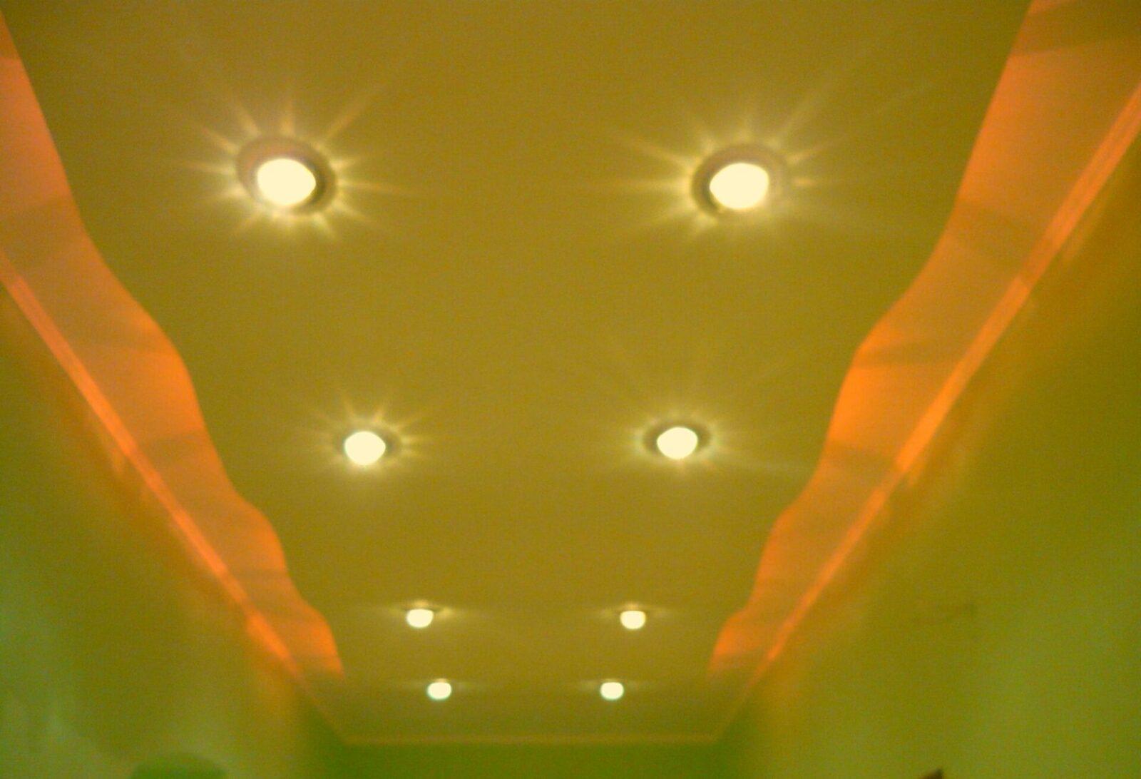 Вот такой потолок из гипсокартона
