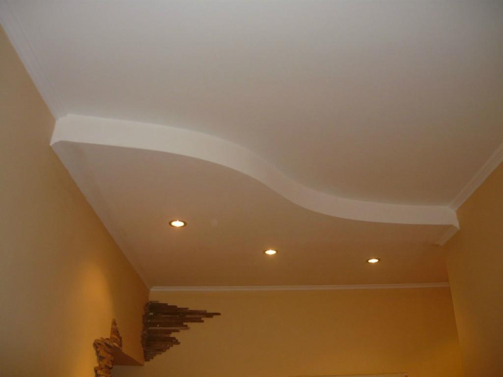 Криволинейный потолок из гипсокартона