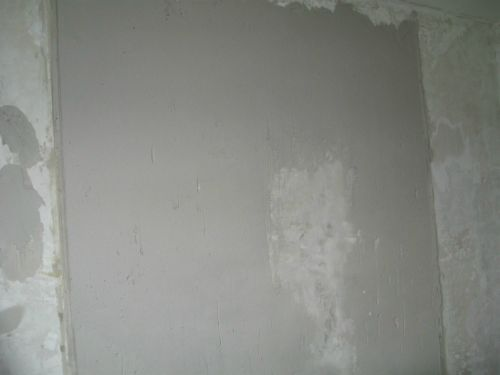 Штукатурка стен по штукатурным маякам