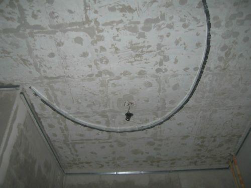 Криволинейный потолок - сборка - фото
