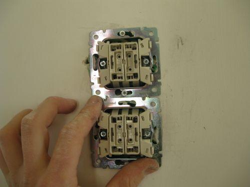 Четыре выключателя