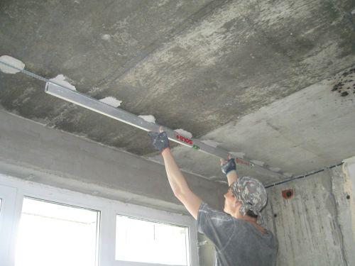 Маяки на потолок-фото