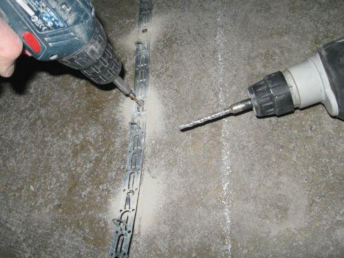 Процесс укладки кабельных теплых полов - фото