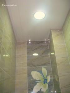 Фотографии потолков натяжных в туалете