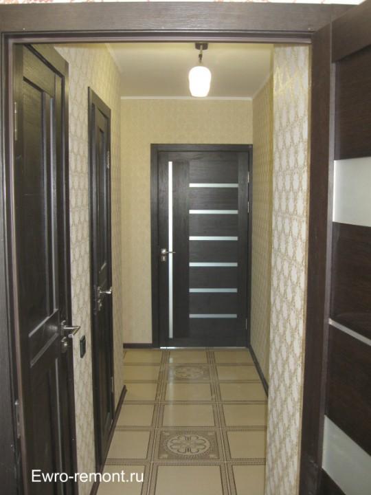 Вид ремонта коридора со стороны кухни