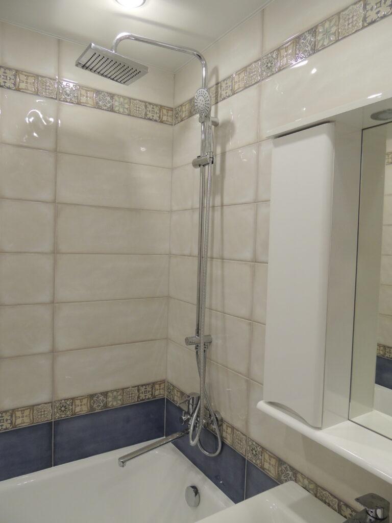 Плитка в ванной комнате в Хрущёвке