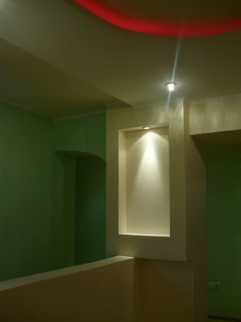 Изделия из ГКЛ в коридоре