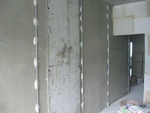 Штукатурка стен по маякам в фотографиях