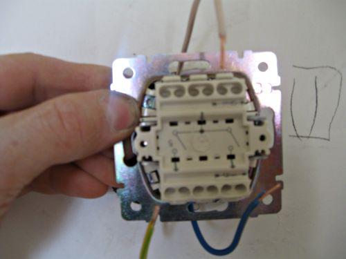 Двойной выключатель, установка-фото