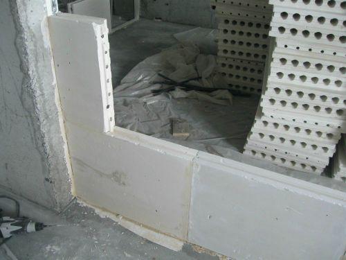 Монтаж второй и следующих пазогребневых плит