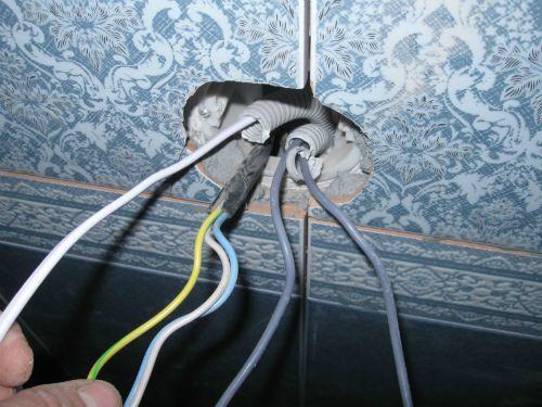 Провода в ванной под датчик теплого пола