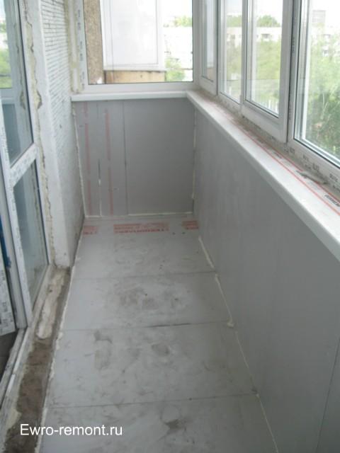 Вид балкона после утепления стен и пола Техноплексом