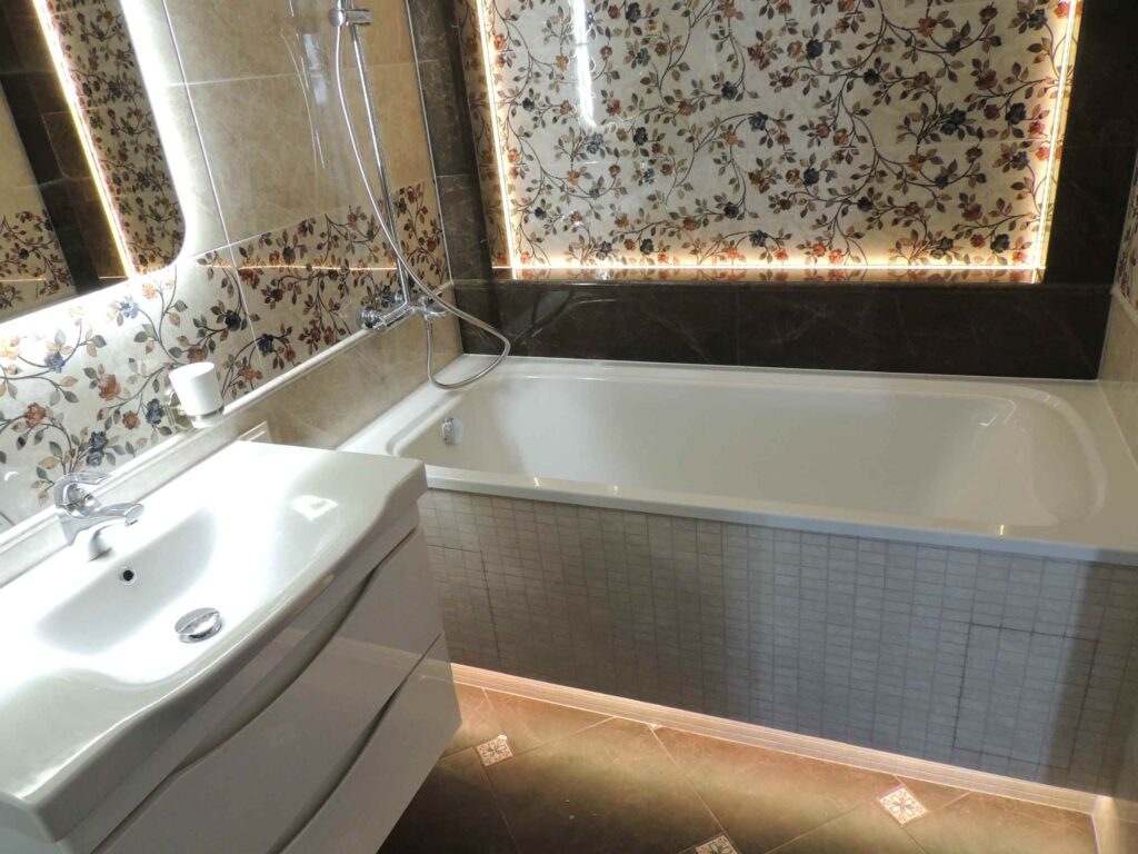 фото шикарной ванной комнаты.jpg